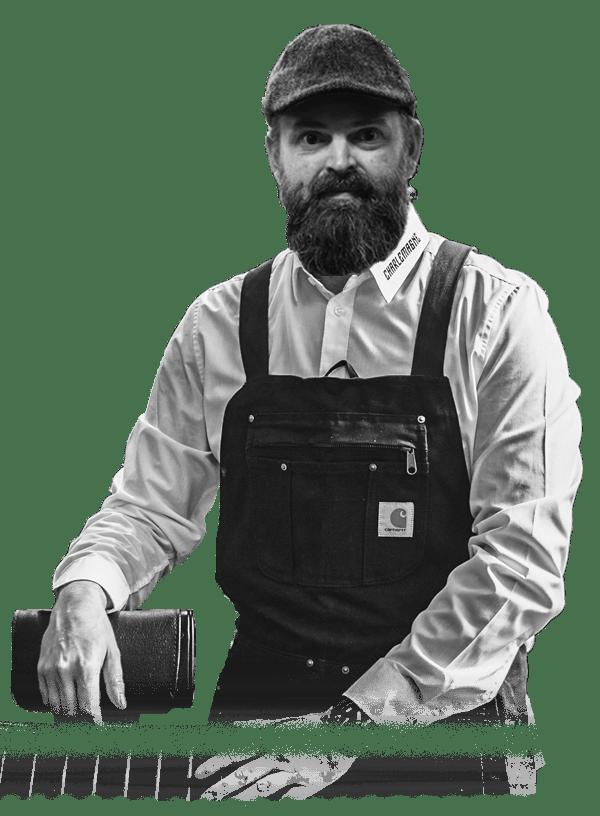 Mike Crott Barber Aachen - Charlemagne Barbershop Friseur